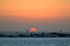 Prenájom auta Sitra, Bahrain