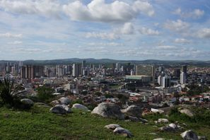 Prenájom auta Caruaru, Brazília