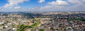 Prenájom auta Pinhais, Brazília