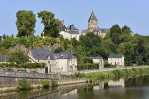 Prenájom auta Chateau Gontier, Francúzsko