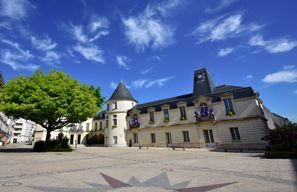 Prenájom auta Clamart, Francúzsko