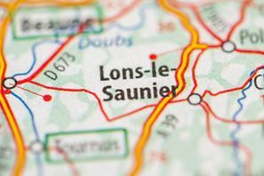 Prenájom auta Lons Le Saunier, Francúzsko